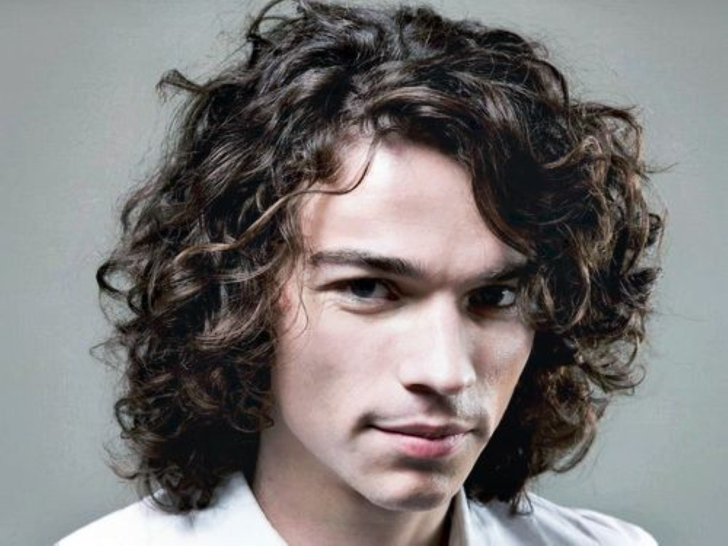 Men Hairstyles For Curly Hairs 10  Hairstyles