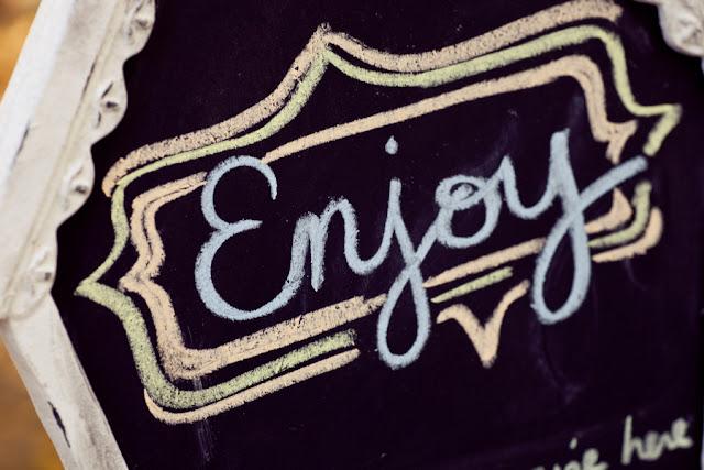 tea+party+birthday+theme+wedding+shabby+chic+spring+easter+garden+cupcake+macaroon+macaron+kids+children+kid+child+baby+shower+bridal+bride+blue+green+yellow+orange+red+white+erin+johnson+photography+1 - Springtime Tea