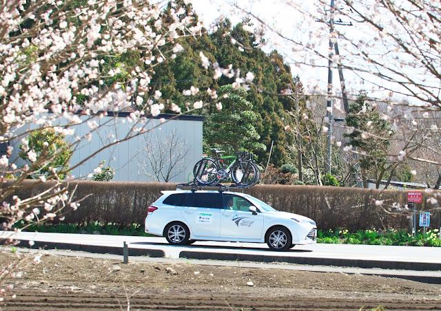 栃木県選抜チームのサポートカー トヨタ カローラフィールダーの写真