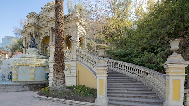 Visitar o Cerro Santa Lucía em Santiago no mês de novembro