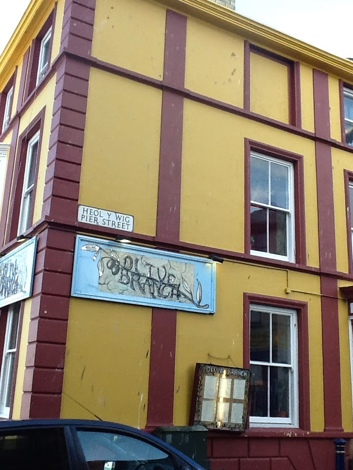 Our Travels: Saturday, August 23, 2014, Aberystwyth, Wales
