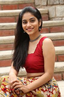 Actress Punarnavi Bhupalam Pictures at Yentha Pani Chesave Sireesha Movie Logo Launch  0237.JPG