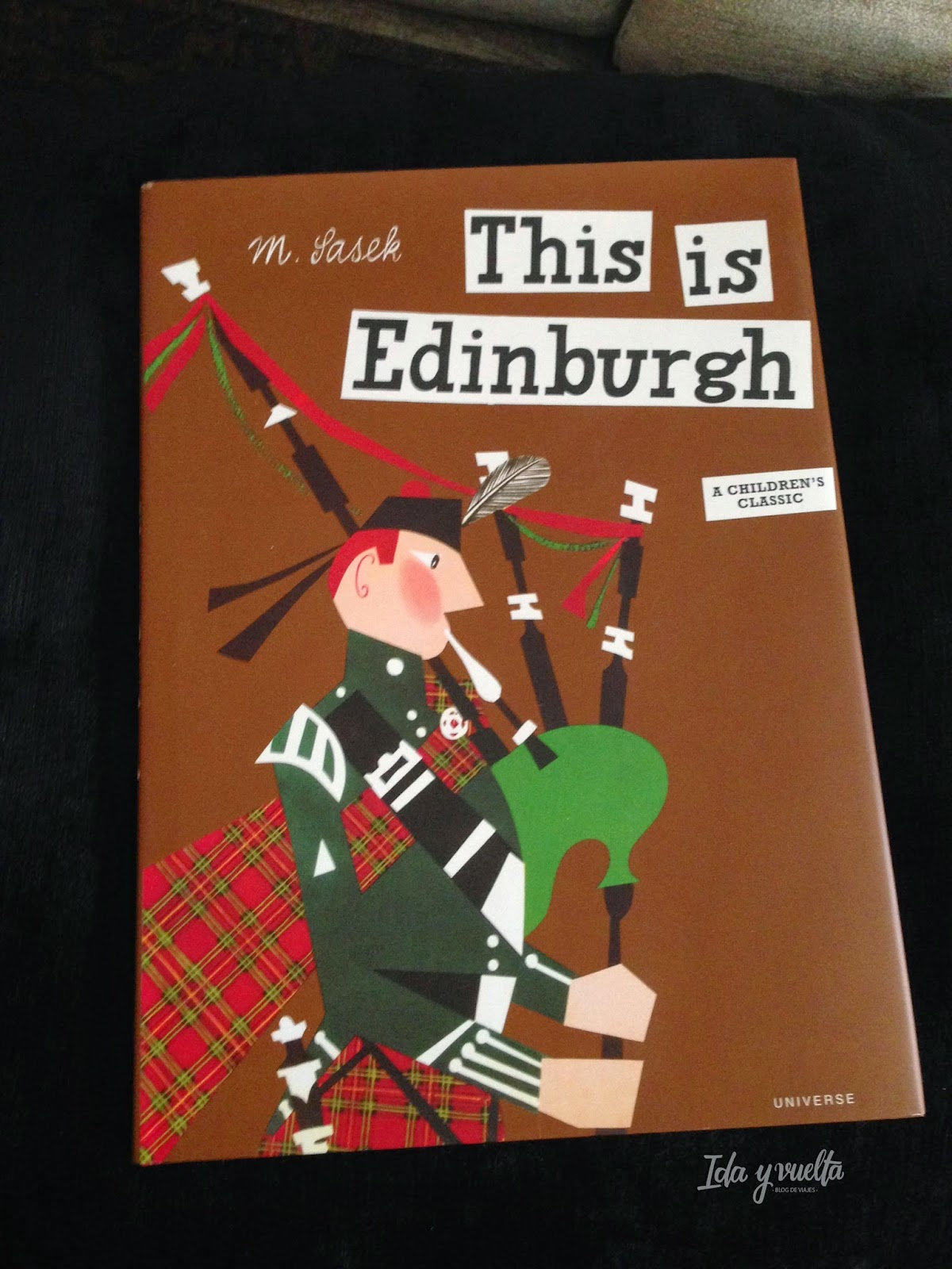 Portada This is Edinburgh