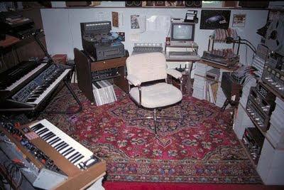 Panorámica del estudio privado de Amin Bhatia en Toronto a mediados de los años 80