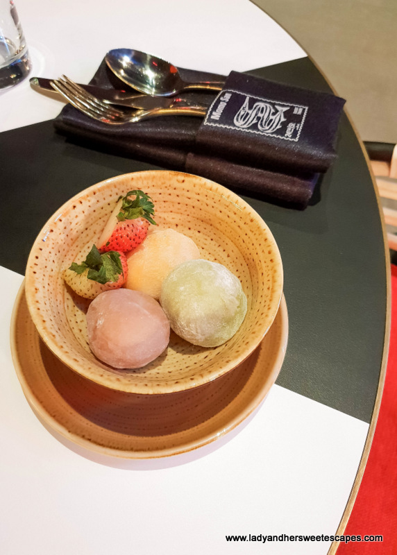 Mochi in 24th St Dusit Thani Dubai