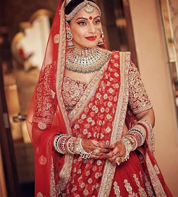bride Bipasha in SabyaSachi Lehenga saree