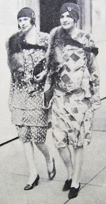 1920s flappers wearing dresses