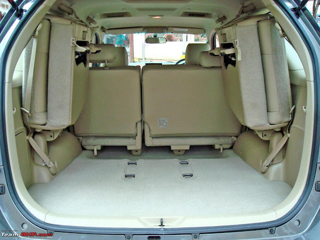 taxi singapore to johor bahru toyota innova empty boot space