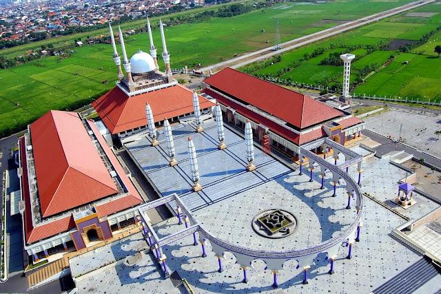 Wisata Masjid Agung Jawa Tengah di Semarang
