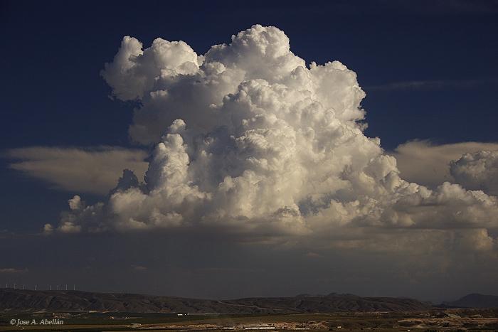 Clouds 101: Cumulonimbus calvus (Cb cal) - Simply Selma