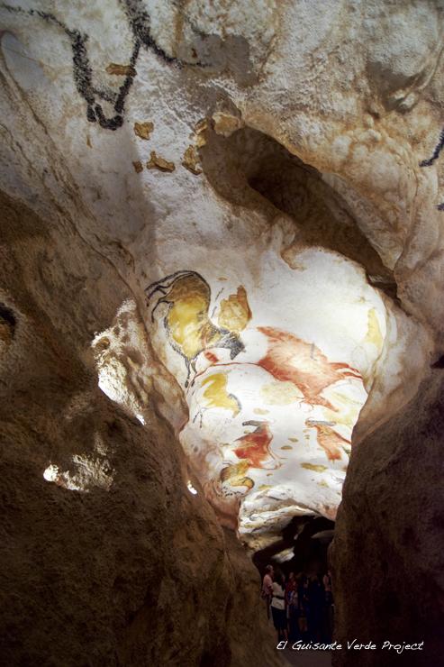 Pasillo Caballos en Lascaux IV - Montignac, Francia por El Guisante Verde Project
