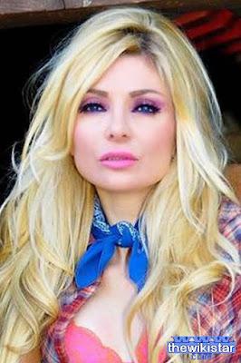 Myriam Klink, a mannequin Lebanese, was born in 1970.