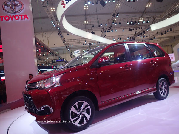 Pilihan Warna Grand New Avanza 2015 All Innova Venturer Interior Giias Veloz Si Stylish Yang Siap Berpetualang