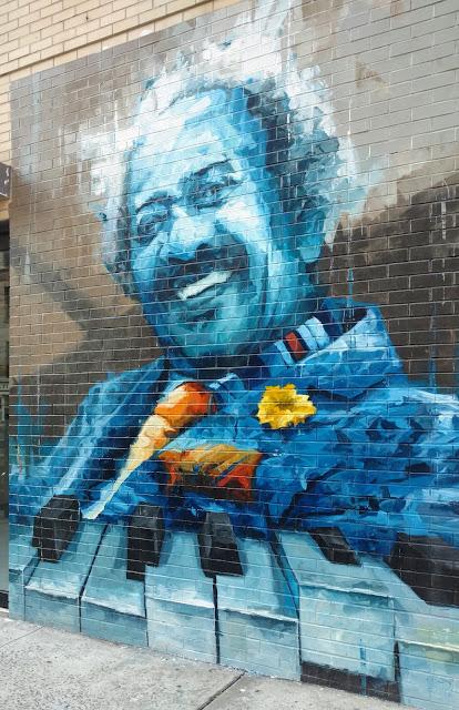 Арон Белка, автор Аллен Туссейнт (Aron Belka's mural of Allen Toussaint)