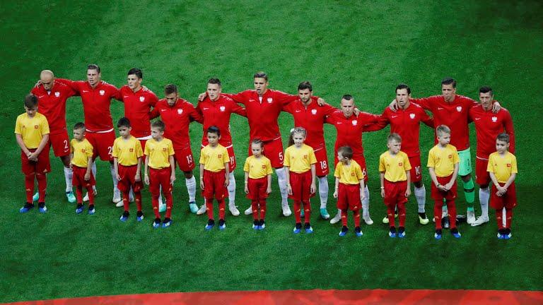 التشكيلة الرسمية لمنتخب كولومبيا ضد بولندا
