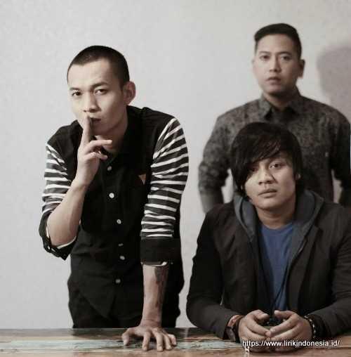 Photo Angkasa Band