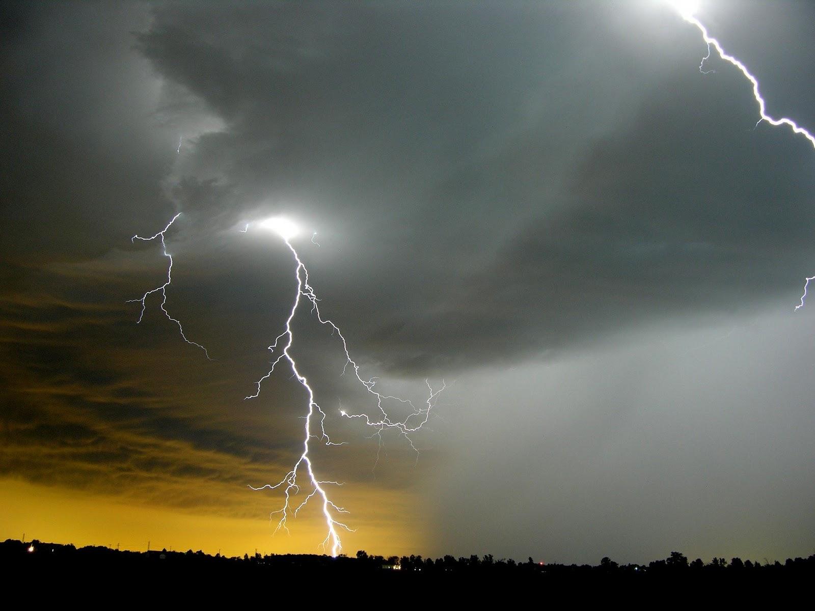 yellow lightning wallpaper - photo #32