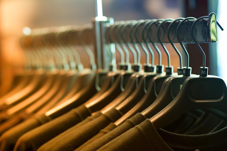 è meglio lavare gli indumenti nuovi anche con etichetta