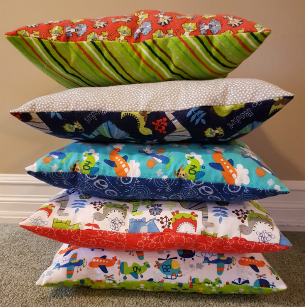 reading cushions | DevotedQuilter.blogspot.com