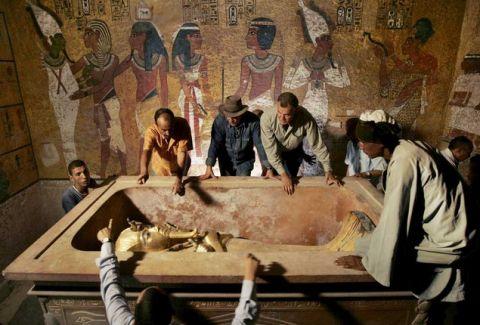 Πρόκειται για την ανακάλυψη του αιώνα! Βρήκαν δύο κρυφούς θαλάμους στον τάφο του Τουταγχαμών