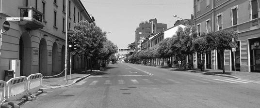 28 maggio 2017: una corso Milano deserta per la tappa conclusiva del giro d'Italia
