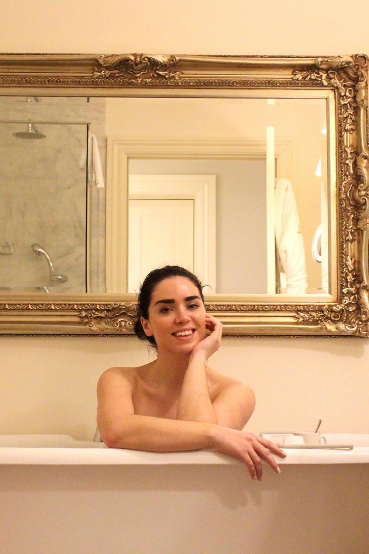 Rushton Hall bathroom, Northamptonshire - UK luxury travel blog