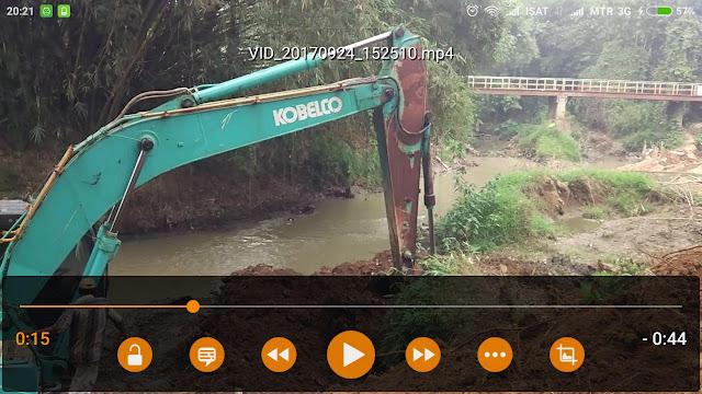VLC ketika memutar video