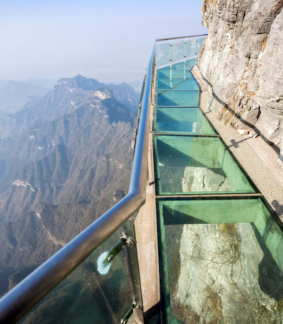 China longest glass skywalk