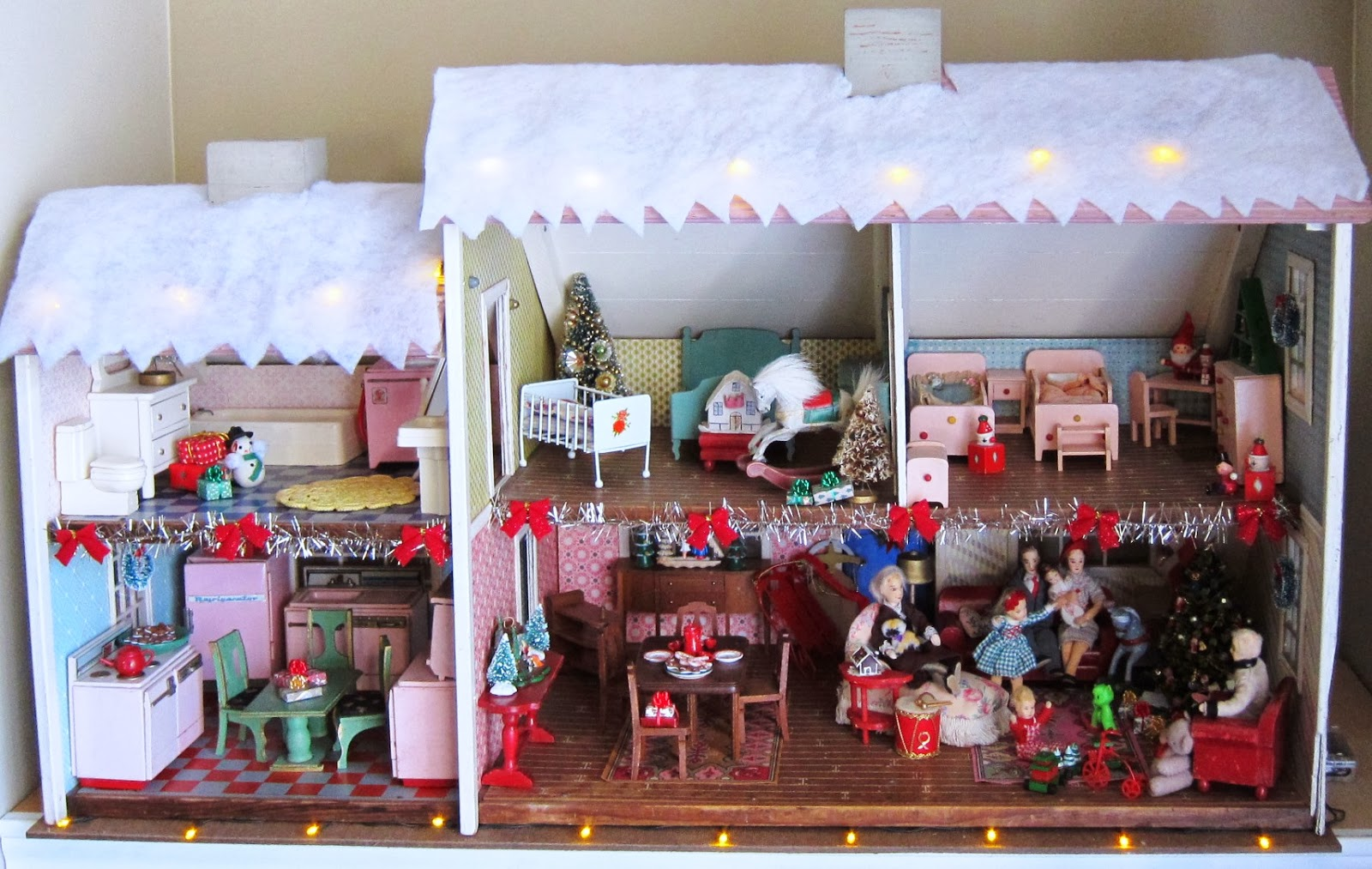 Ideas To Decorate Bathroom Corey Moortgat Collage Artist Christmas Dollhouse