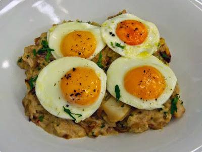 http://www.receitasdmais.com/2014/04/arroz-de-bacalhau.html