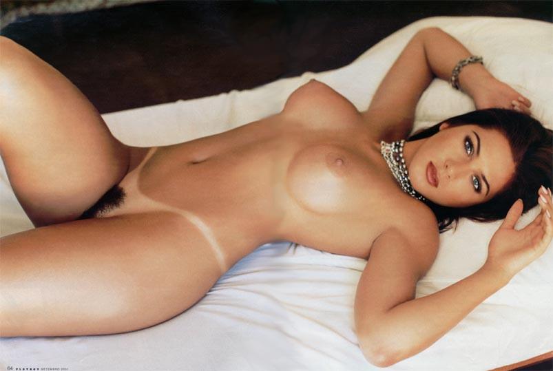 Livia Andrade pelada nua na playboy 10
