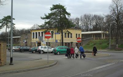 http://fotobabij.blogspot.com/2016/01/puawy-dworzec-kolejowy-podrozni.html