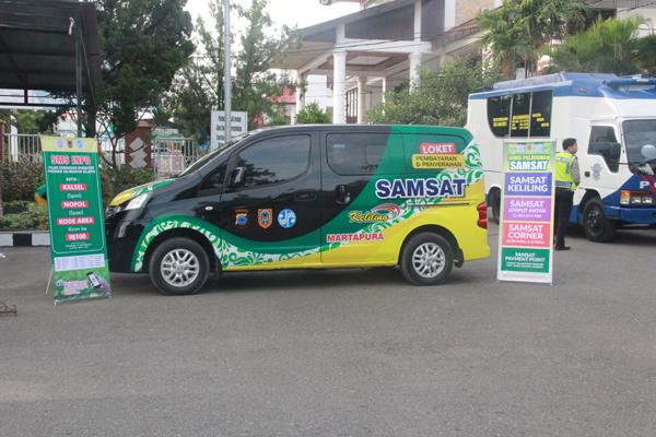 Mobil Samsat Keliling Layani Sampai Jelang Buka