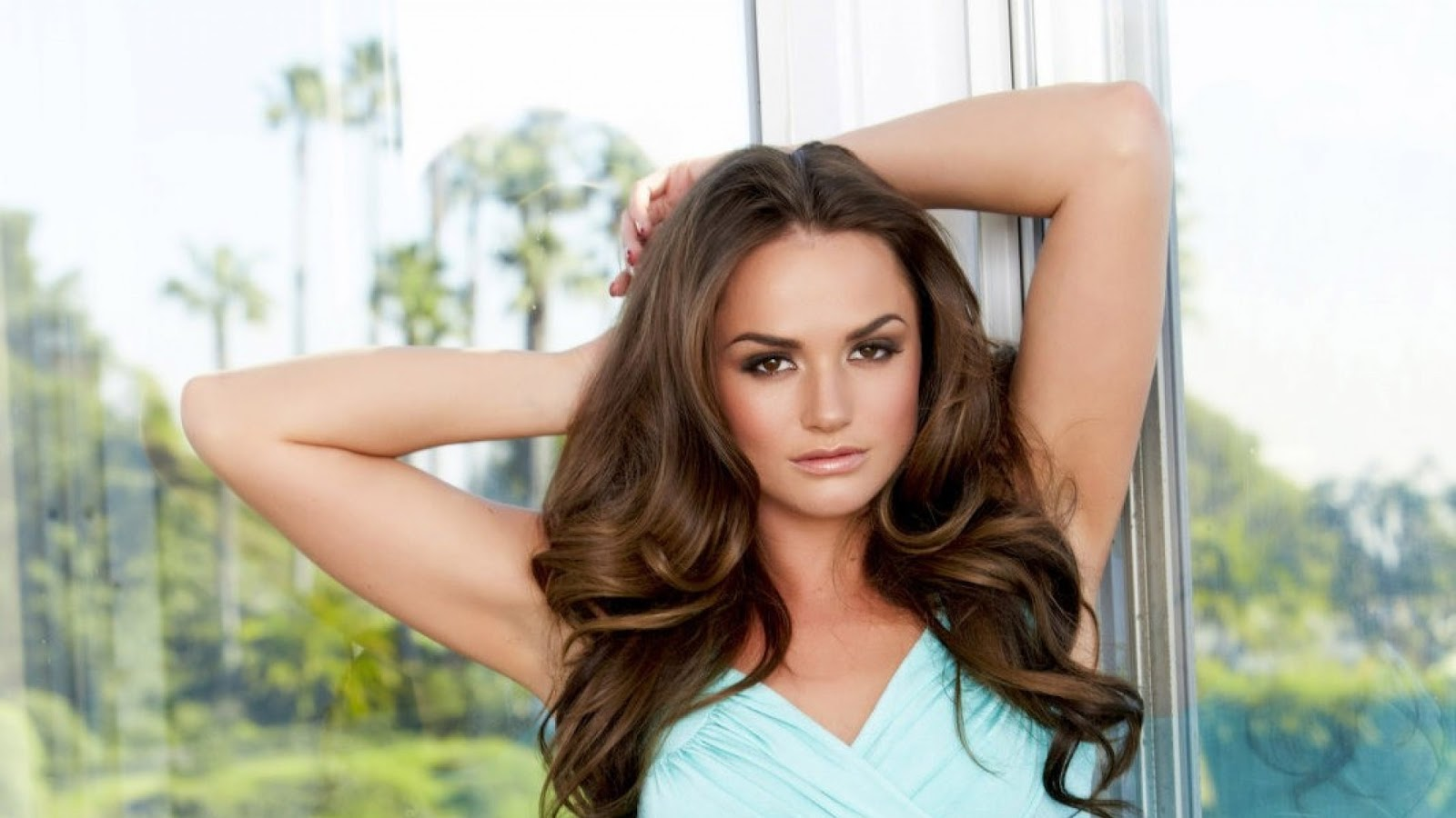 tori black wallpaper hd