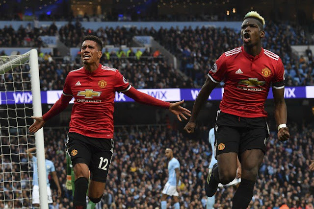 Man United Buat Epic Comeback, Man City Tunda Gelar Juara