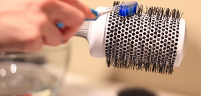 Tips Cara Merawat Sisir dan Sikat Rambut