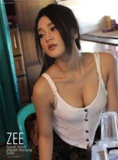 Foto seksi Zee Penjaga Warung