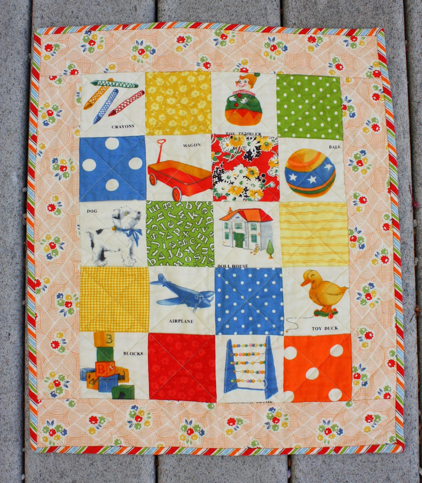 I-spy Baby Quilt - Diary of a Quilter - a quilt blog : quilting for babies - Adamdwight.com