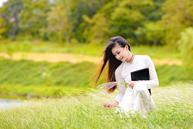 28 hình ảnh thiếu nữ xinh đẹp áo dài mặt mộc FULL HD