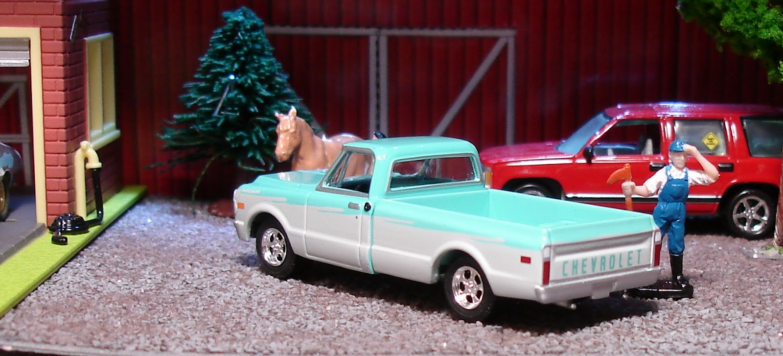 i ve added another greenlight chevy pickup to my collection this 1971 c10 is from the gl muscle series 4 it has a two tone paint job in turquoise and  [ 1600 x 727 Pixel ]