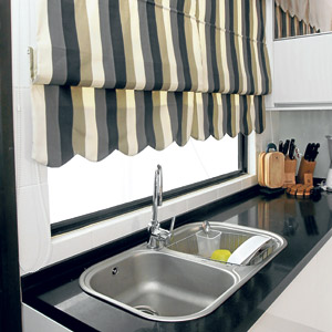 Tip Memasang Langsir Dapur