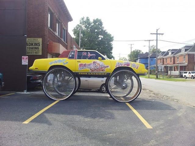 Meio bicicleta e meio carro