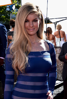 MARISA MILLER IS A BLUE STRIPED DEVIL AT THE 2013 ESPYS