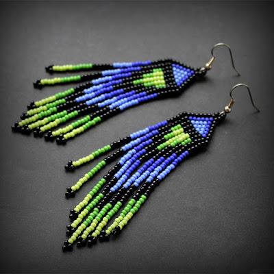 купить украшения из бисера в этно-стиле длинные серьги на лето яркие