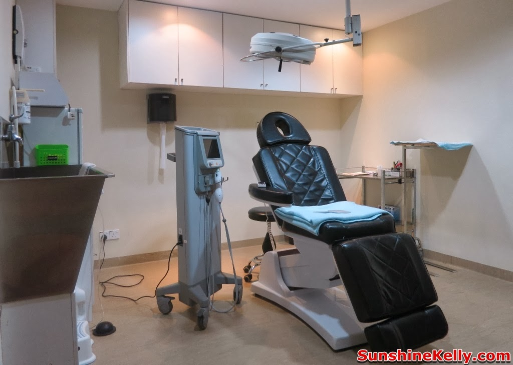 Thermage Treatment Face Hands Knees, thermage treatment, solta medical, Damansara Heights Wellness Clinique, non invasive radio frequency, non surgical face lift, treatment room