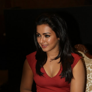 Catherine_Tresa-gallery-moviescue