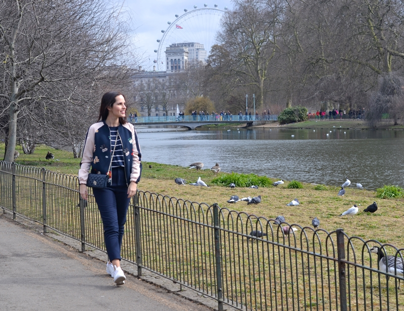 st-jame's-park-londres-outfit-bomber-zara