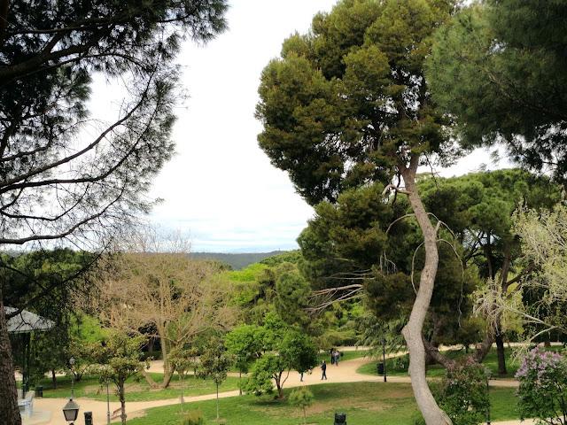 Tocando otros palillos parque del oeste i for Parques de madrid espana