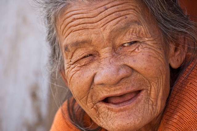 postpone aging with anti wrinkle creams
