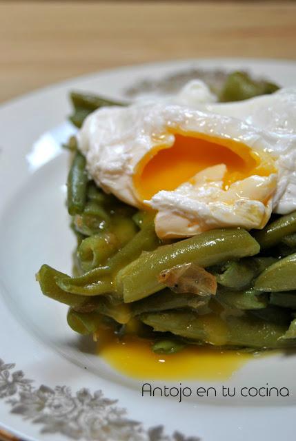 Judías Salteadas Con Huevo Pochado #motinasaltablogs
